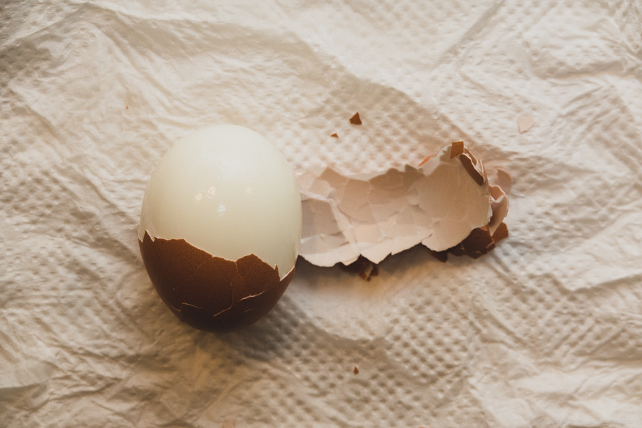 ゆで卵をキレイに剥く方法・茹でる方法